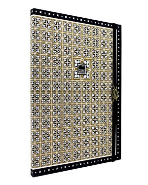 http://www.imiglioriauguri.it/1855-thickbox_atch/notebook-a4-gold-black-makenotes-.jpg
